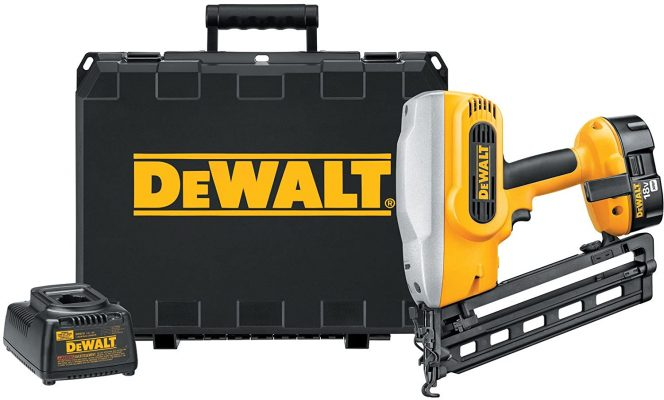 Dewalt DC618K Cordless Nailer Kit