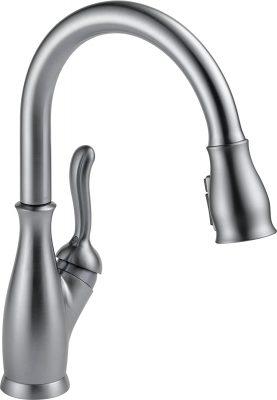 Delta Leland Pull-Down Single Handle Kitchen Faucet