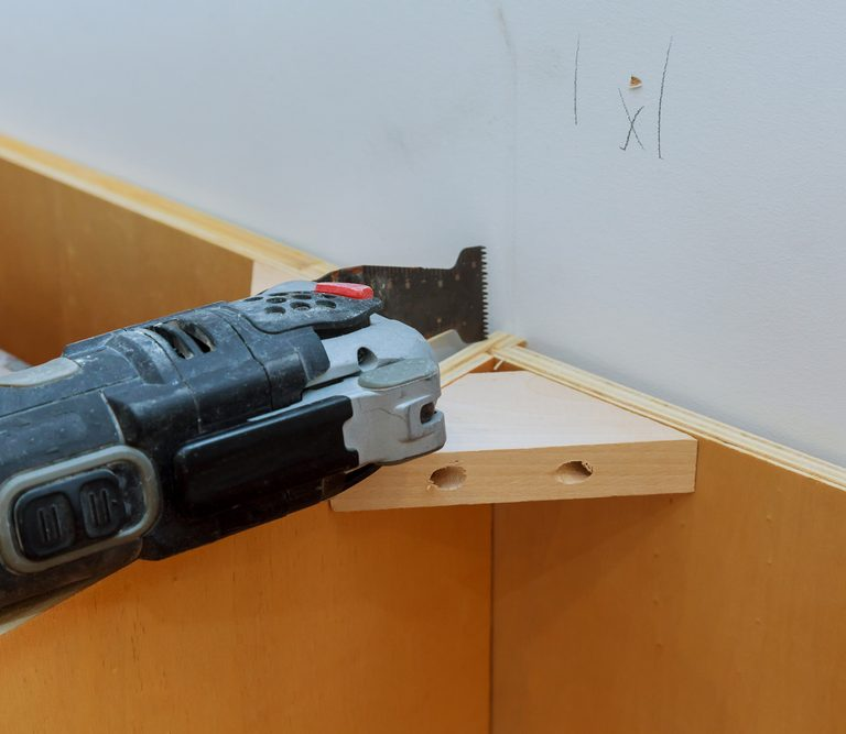 The 10 Best Oscillating Tools to Buy In 2021