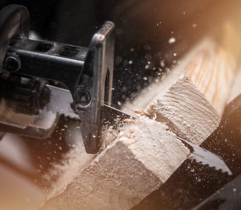 The 10 Best Reciprocating Saws to Buy In 2020