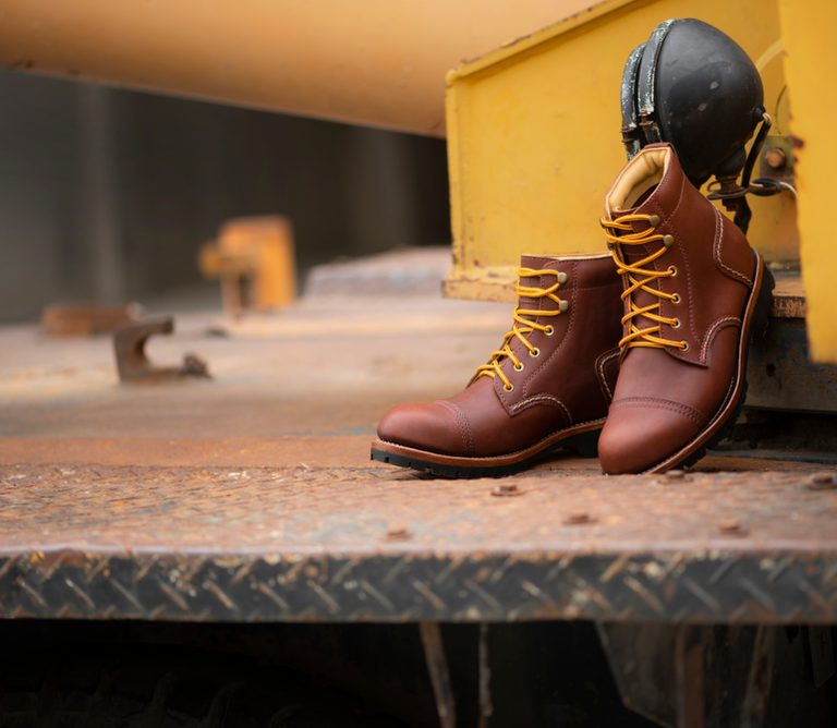 Keep Your Feet Safe With the Best Steel Toe Boots