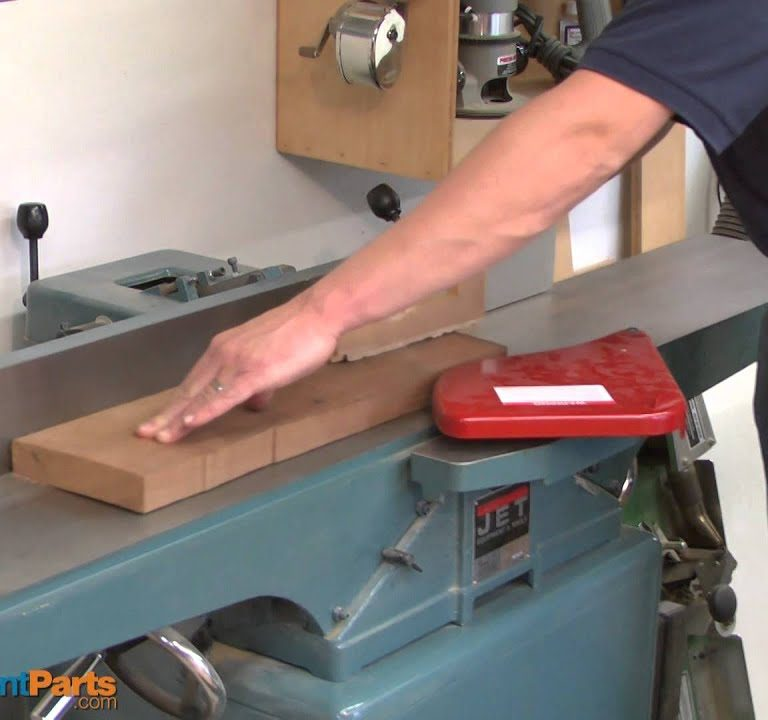 The 10 Best Wood Jointers to Buy 2021