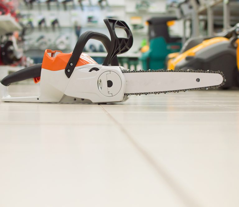 The 9 Best Battery-Powered Chainsaws to Buy 2021