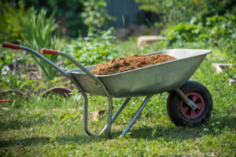 The Best Wheelbarrows: Carry That Weight