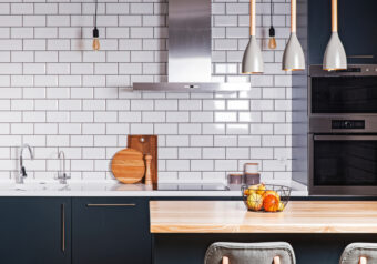Cleaning Out Grout – How to Make the Lines Between Your Tiles Shine