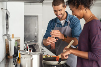 The Heated Debate: Gas vs. Electric Stoves