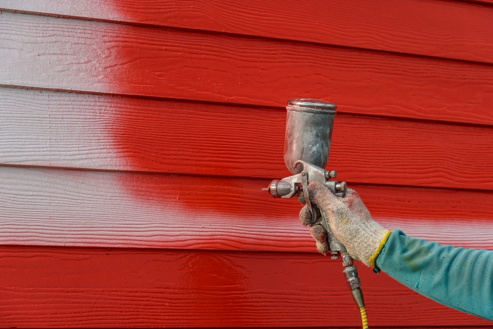Painting exterior with airbrush