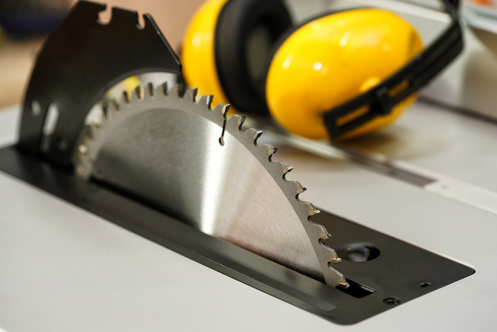 A table saw is the best way to cut thick plexiglass in a straight line
