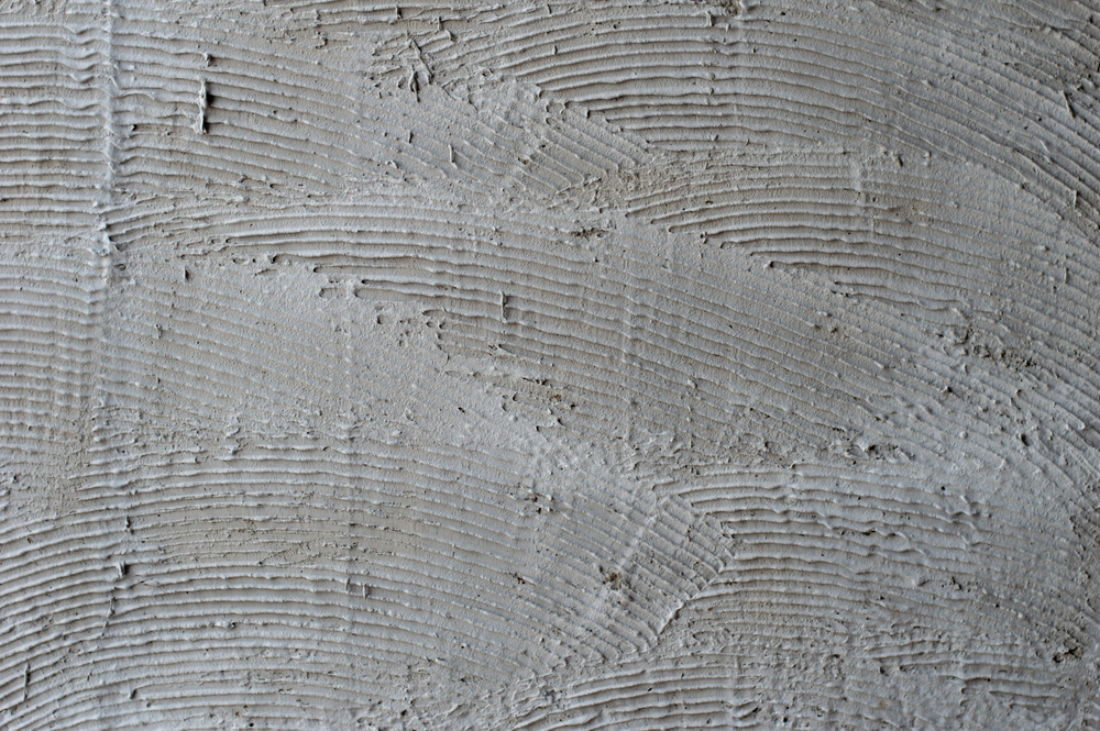 Comb texture on a wall