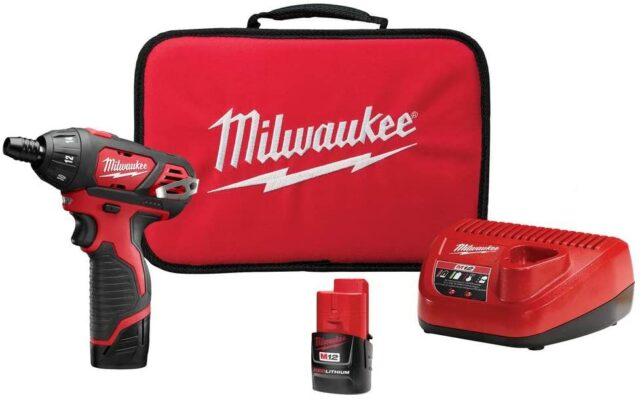 Milwaukee M12 Cordless Screwdriver Kit