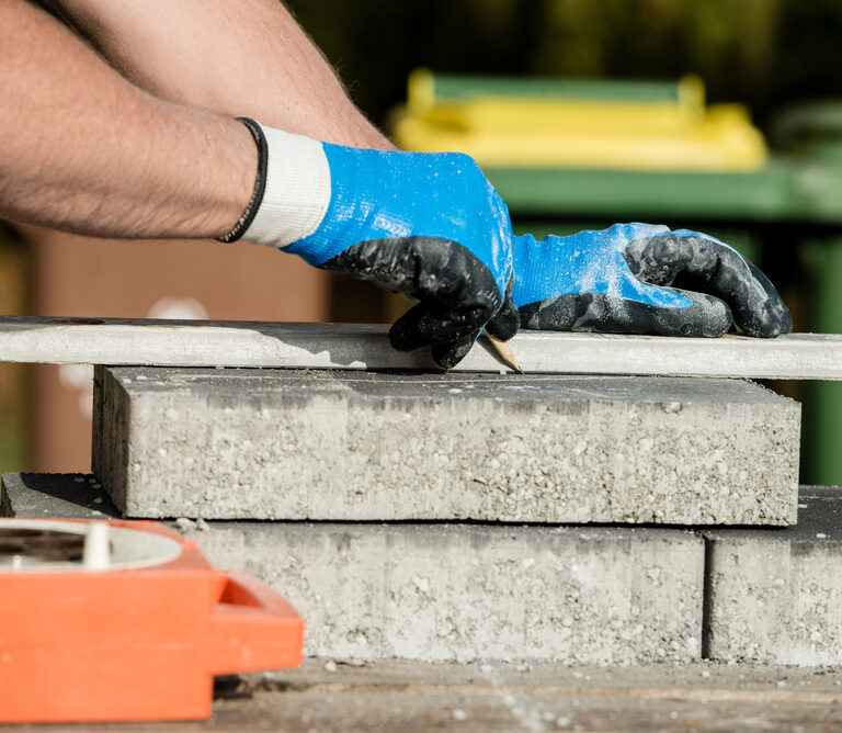 3 Easy, Quick, Foolproof Ways to Cut Concrete Pavers